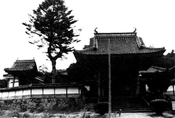 竜光寺桜門