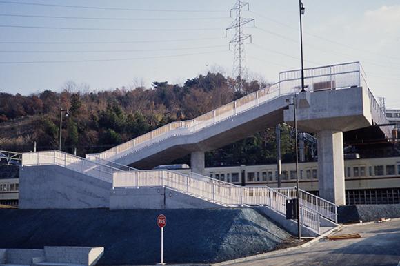 豊ヶ丘北公園歩道橋